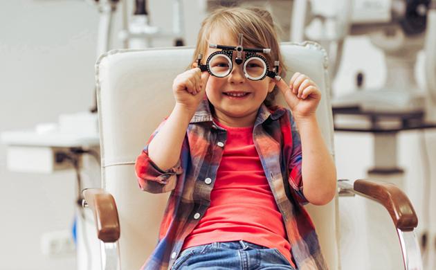 配儿童眼镜注意事项