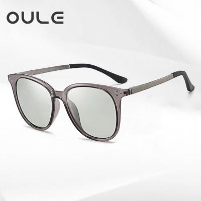 OULE 新款海洋片变色偏光太阳镜 男女TR90时尚轻盈墨镜 透灰片